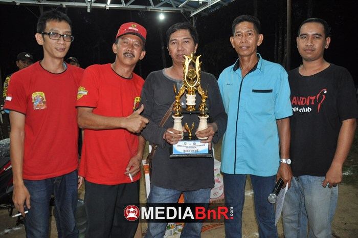 Amandit Dwi Warna BC Juara Bird     Club