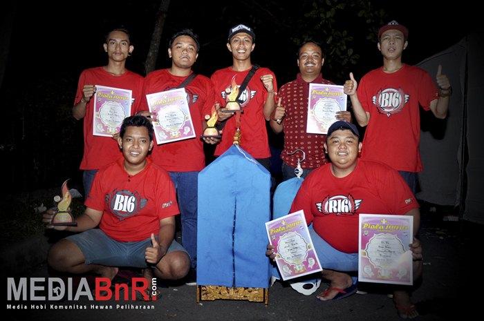 B16 Team Rayakan Kemenangan