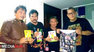 Bang Boy berfoto bersama Indojaya