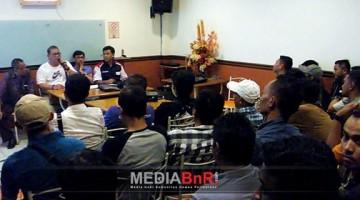 Bang Boy Saat Memberikan Sambutan Pada Acara Pemantapan Juri BnR Jatim di Surabaya