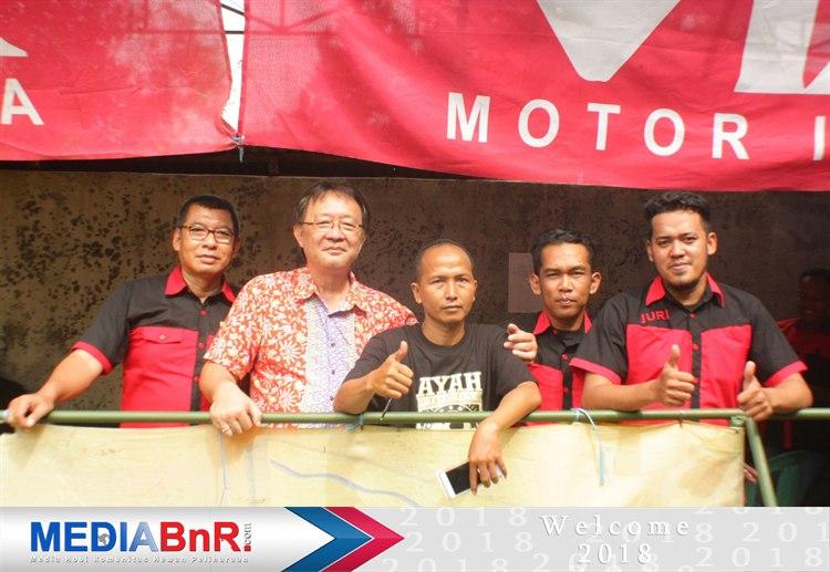 Bapak Yamin bersama  H. Asep Gedor sukses digelaran Minggu Nusa Indah 2