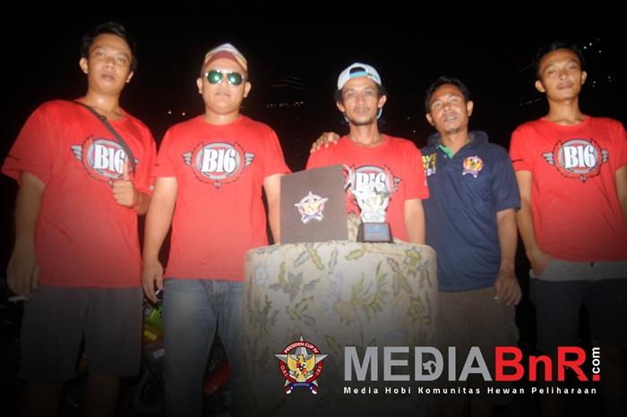 Crew Gloria KIM