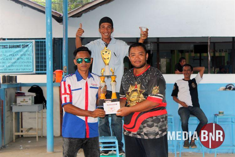 DT. Liga Kades Cup Entikong SF Dan Enggang BC Juara Umum