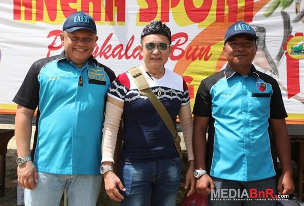 Danlanud Letkol Pnb.Ucok, Mr.Yayang & Lettu. Arif W selaku ketua panitia (Foto: Ikrom/MediaBnR.Com)
