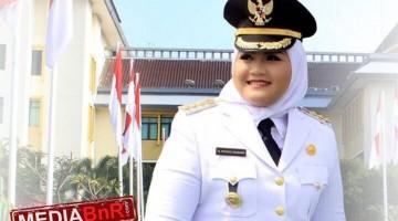 Dr. Hj. Neneng Hasanah Yasin Bupati Bekasi