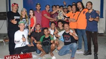 Duta Sien Rony Cup raih juara umum Bc bersama sang komandan BnR 1 kota malang H Wibi  dan H Rizal