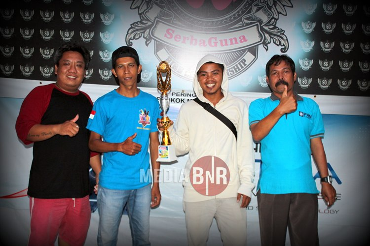 Buto Ijo BC Dan Family SS Miliki Gelar Juara Umum Bird Club dan Single Fighter