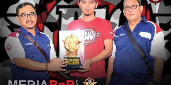 H Saddad meraih trophy juara umum BC Presiden Cup IV