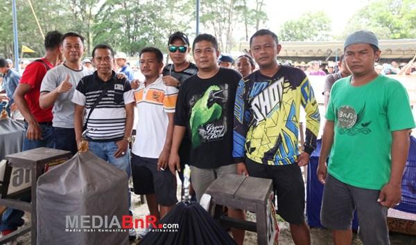 H.Iwan Bersama Kicaumania Jateng (Foto: Ikrom/MediaBnR.Com)
