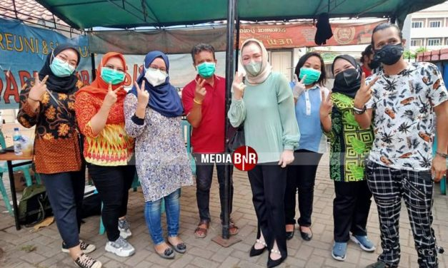 Vaksinasi Bersama Kicaumania di Lapangan New BnR Prasetya
