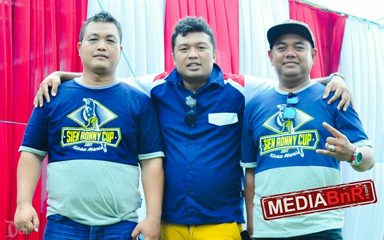 Ipan Sodron (Tengah) Singa Jalanan BnR Malang feat Tokoh embongan