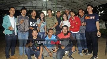 Jajaran Panitia Feat Juri Tangsel  Enterprise Bergambar Bersama