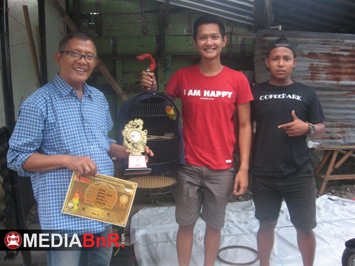Jelita Tampil Mempesona dan Meteor Juara BOB