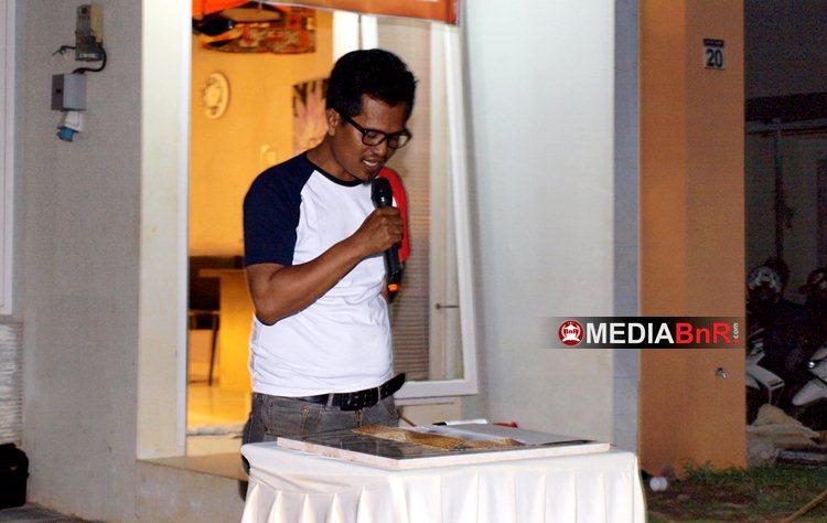 Ketua KMM, Andres Roni, Memberikan Sambutan