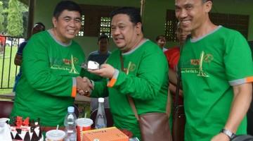 Ketua PBI H Bagiya merayakan Hari ulang tahunnya ditengah-tengah kicau mania