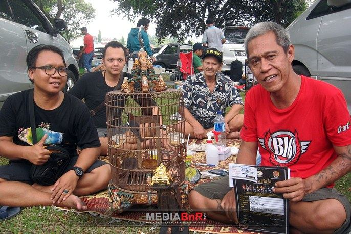 Kicau mania Lombok sukses dengan anis kembang