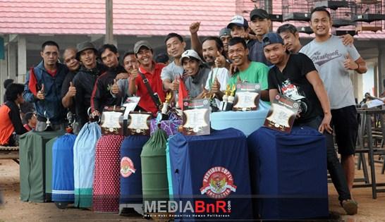 Raja Oleng dan Raja Odeng Tampil Secara Marathon – Kios Ijo Serpong Semakin Terdepan