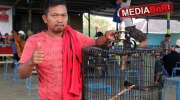 Lakban dan Sylvester Stalone Milik Maman Sapu Bersih Juara