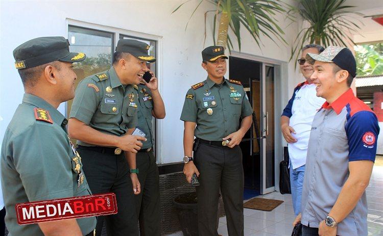 M. Kadafi ketua umum BnR Indonesia di Pelepasan Burung Ke Alam Liar