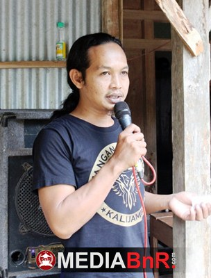 MC Donat Semakin Lugas & Gacor Pimpin Jalannya Lomba Burung Berkicau