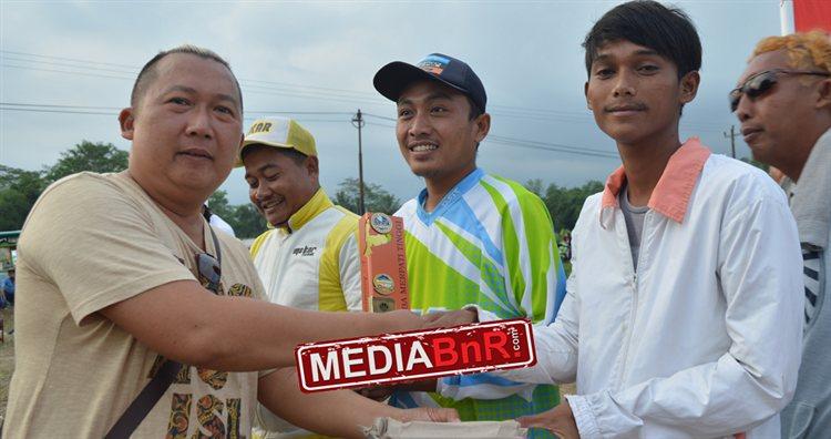 Gocekan H. Masdar Bawa  I Love U Jawara Anniversary 2017