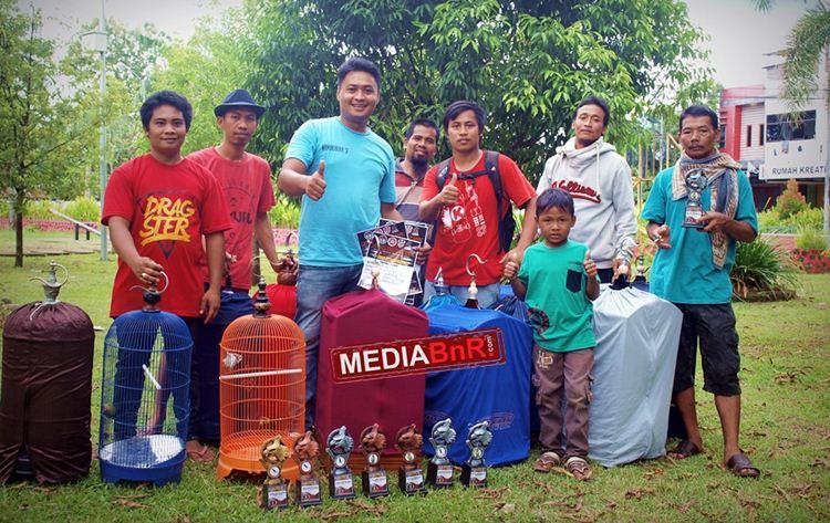 Manakarra SF Borong Piala
