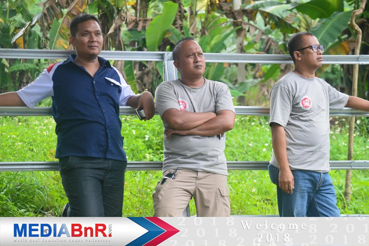 Mr Titut (ketua BnR Semarang-Mr Gonteng Ketua Nirwana BC- Mr Arifin PEnanggung jawab Nirwana BC)