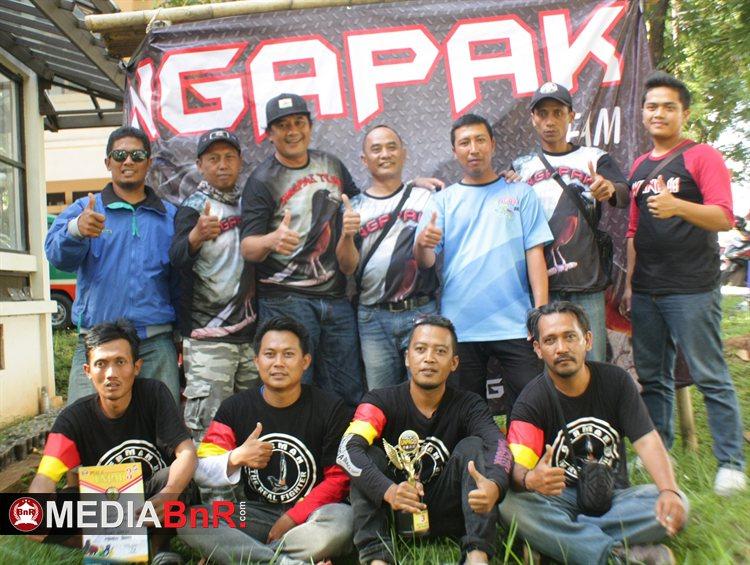Mr. Badai andalan  Tedi dari Ngapak Team Bandung, rebut juara ke-1 di kelas murai batu Ebod Strong