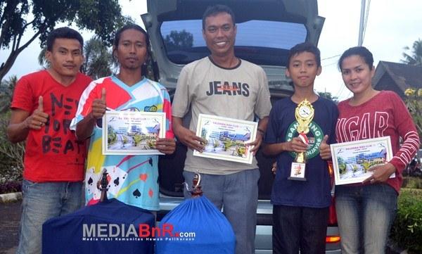 Mr. Hendra SCGD SF, naik podium berkat si Reva (Foto: Saeful/MediaBnR.Com)