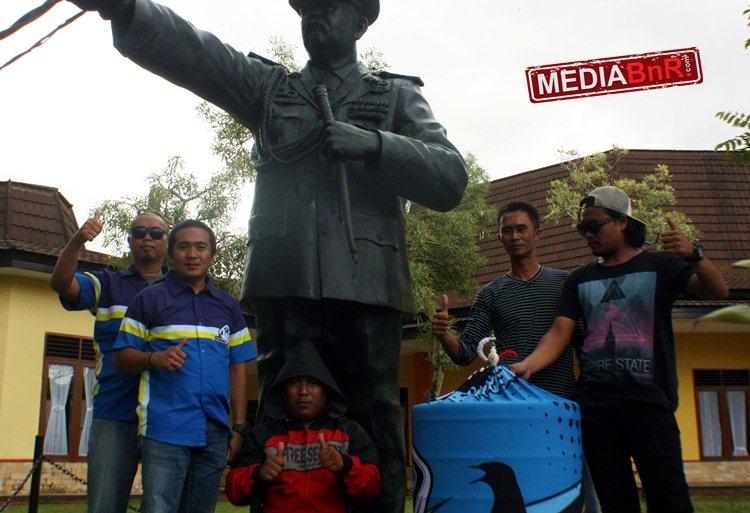 Murai Batu LJM Andalan H. Deden Liana Jaya SF Sukabumi Tampil mewah. LJM dengan Raih Terbaik di Kelas Bergengsi