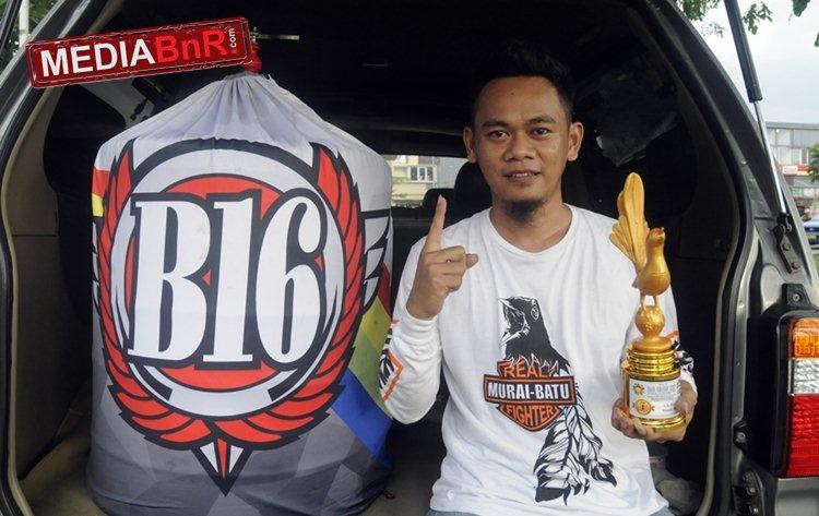 Murai The Rock Koleksi Jawara H. Sadat B16 Team Nyaris Double Winner