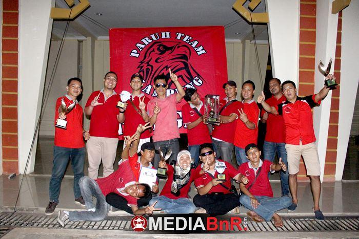Paruh Team keluar sebagai juara umum Bird Club