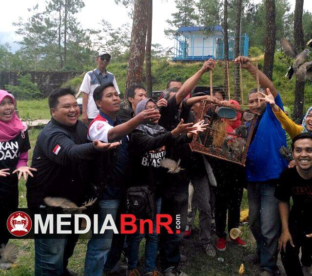BnR Indonesia Lepas Burung Dilereng Merapi
