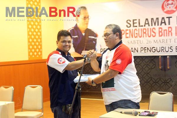 Penyerahan AD Dan ART BnR Indonesia