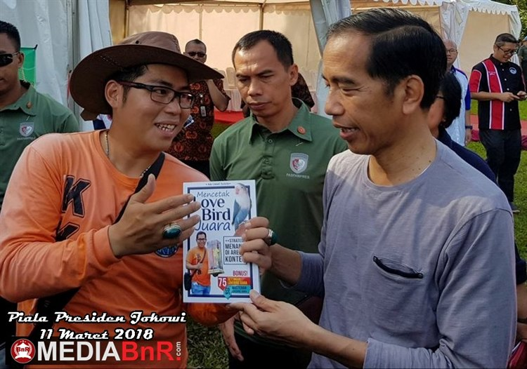 Ketika Ade Sulistio Bertemu Jokowi