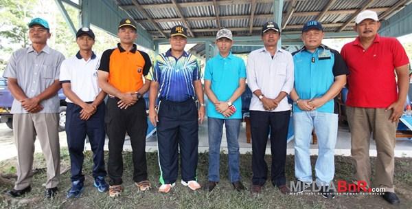 Pose kebersamaan Antar Instransi, TNI, POLRI, Pemda Kobar dan Anggota Dewan (Foto: Ikrom/MediaBnR.Com)