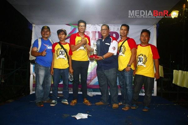 Rizky Akbar CK 36 Bandung rebut posisi kedua Bird Club di Indonesia Bird Champion 2016 (Foto: Yudi/MediaBnR.Com)