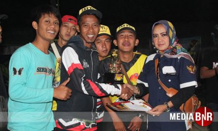 Hattrict, Gek Gek Hantarkan Robby Angga Zay YS Juara Umum SF