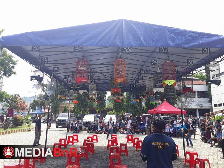 Perang Bintang Jayapura–3 Sesi Love Bird Full, Sesi Lainnya Tak Kalah Ramai