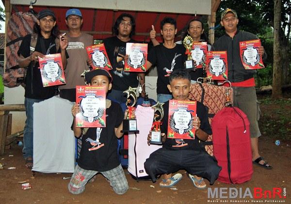Sawangan BC tetap Kompak meraih juara (Foto: Ade/MediaBnR.Com)