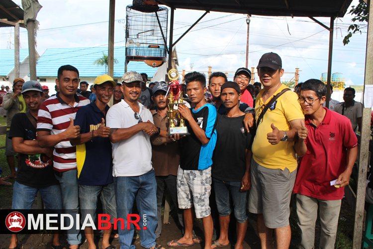 Herry AJS SF dan Sahabat BC Raih Gelar Juara Umum