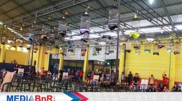 Suasana Lomba Gantangan Indoor