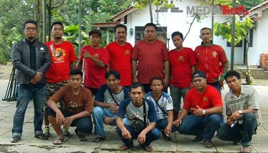 Pertarungan Para Jawara