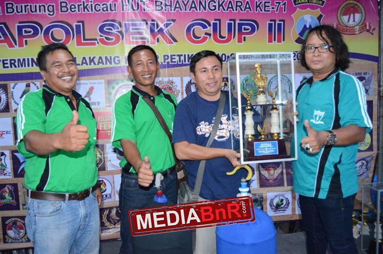 Yully Kontestan Terjauh,Duta Pakde Karwo Rebut Juara Umum
