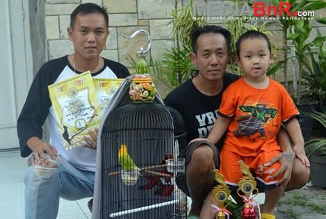 Fatin, Jimbun dan Mad Pelor Jawara Sistem Baru Penilaian Lovebird di PPBS