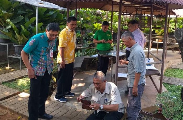 Pak Hartoyo Sumbang Jalak Bali Ke Ragunan