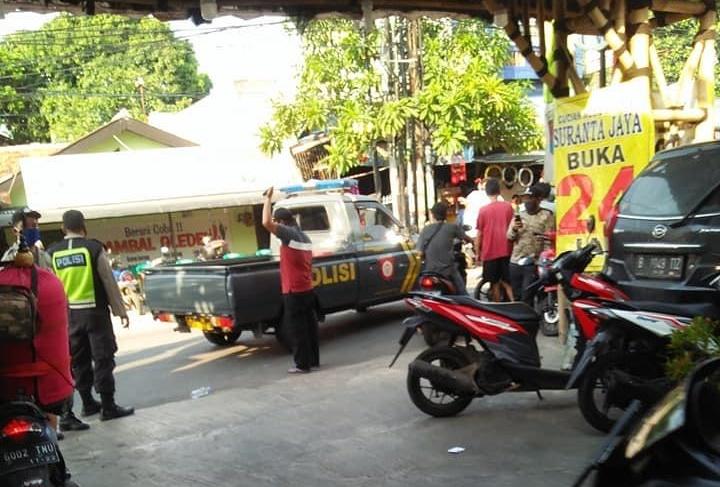 Polisi Bubarkan Lomba Burung Berkicau