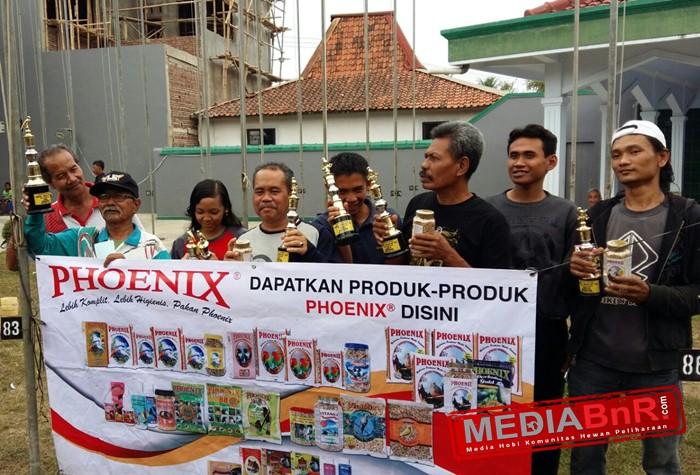 "Sikat 'Putra Fox, ""Kerta Jaya"" Raih Tiket Phoenix Award Jawa Tengah"