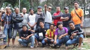Kicaumania Kanal dan Team merayakan kemenangan Ken Nunggal dan Dewi Kembang