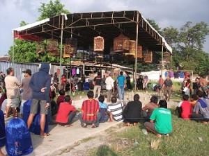 Peserta memenui gantangan Sampangan BC ( Foto : Zulius/BnR )